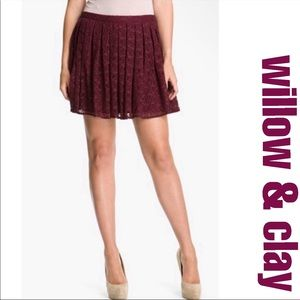 Willow & Clay Burgundy Lace & Lurex Mini S…